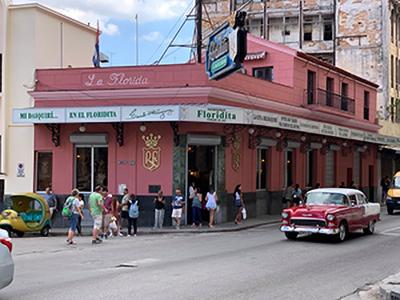"Konec ""dvojne valute"" na Kubi"